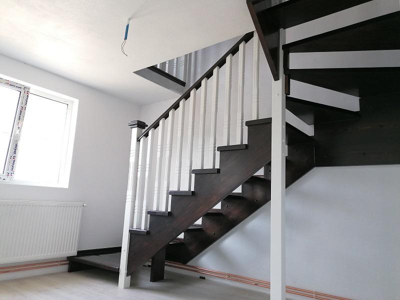 scari pe vanguri - scari interioare-(9)