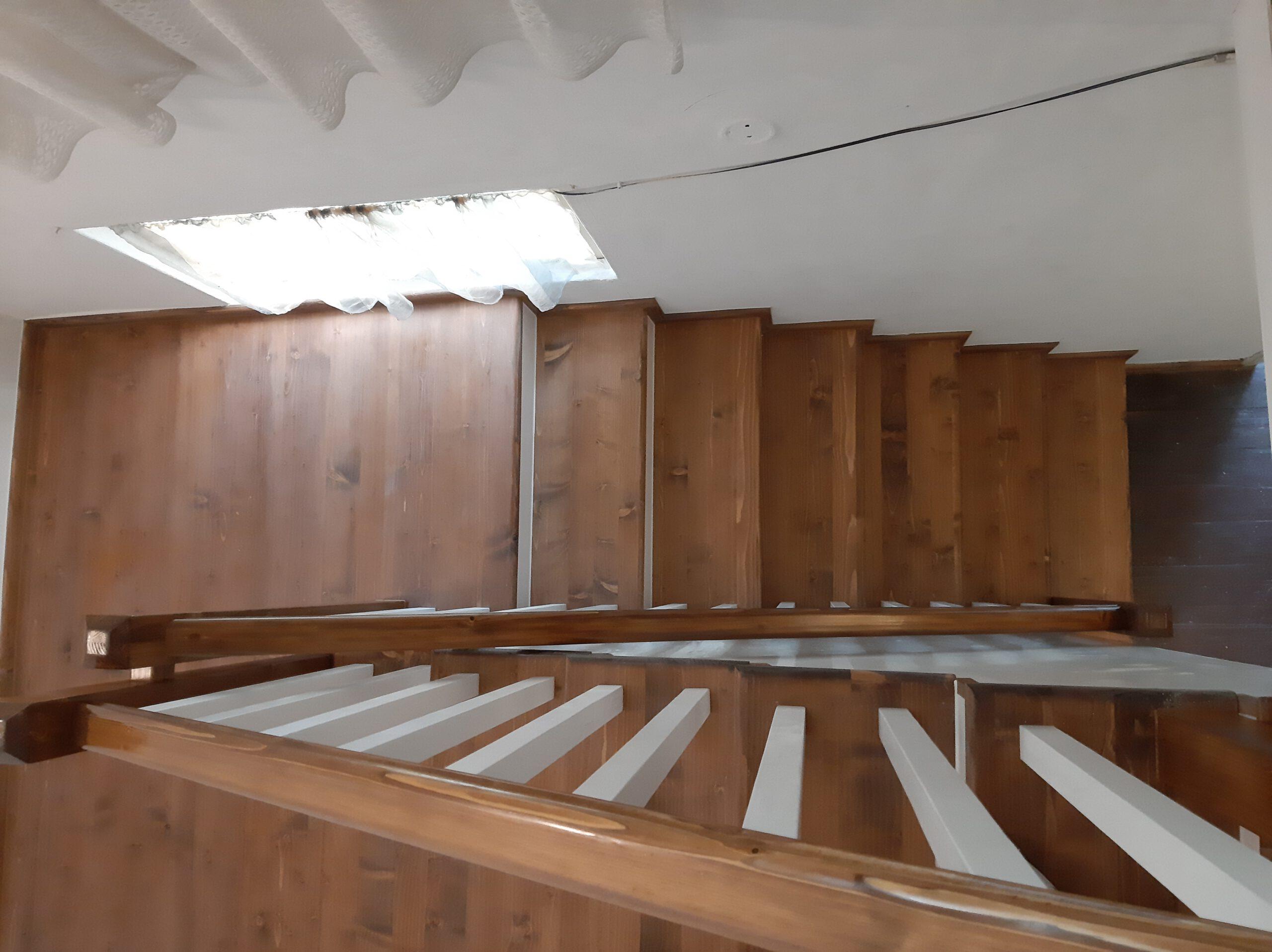 scara lemn (1)
